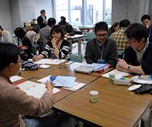 東北大学のキャッチフレーズを考える参加者